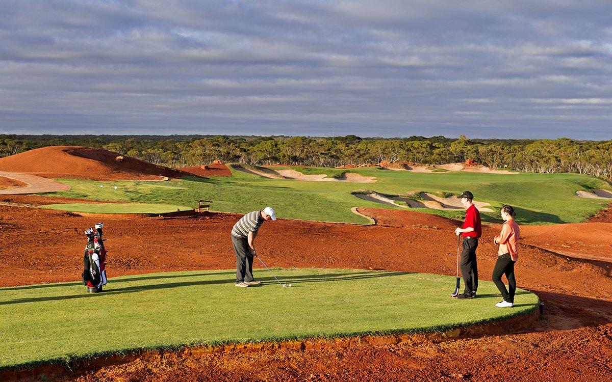 Sân Golf trên sa mạc